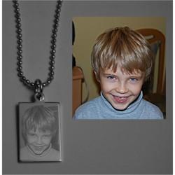 Engraved photo pendant